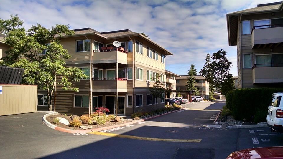 Apartments VERSICO PVC system Bellevue .jpg