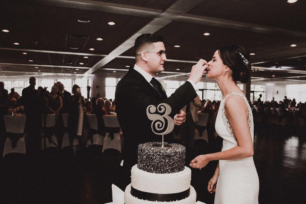 BUTLER, PA WEDDING PHOTOGRAPHER - 5W7A6038.jpg
