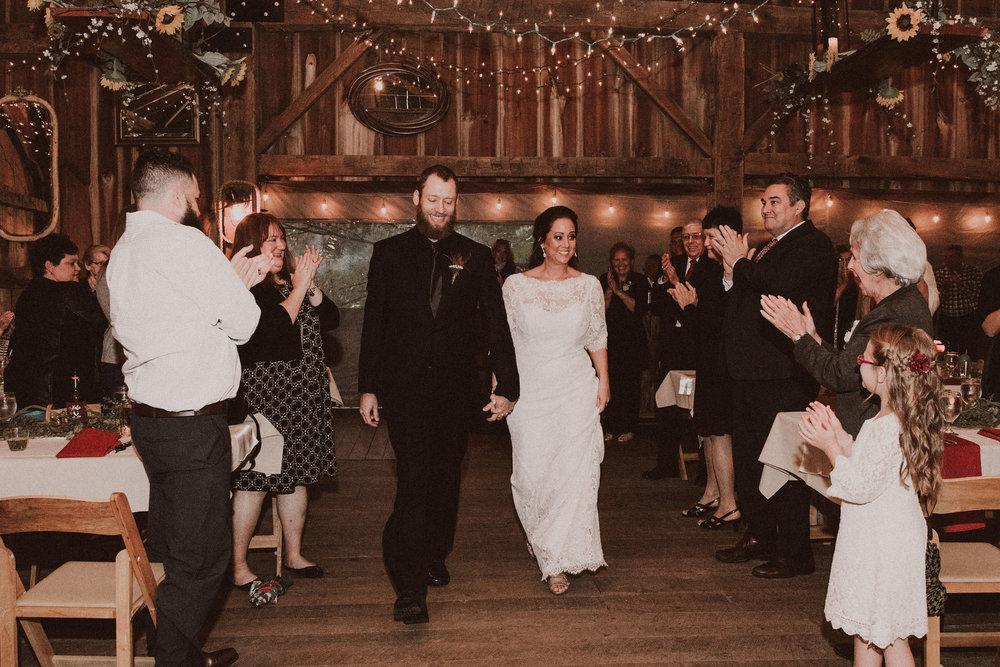 BUTLER, PA WEDDING PHOTOGRAPHER - 5W7A7338.jpg