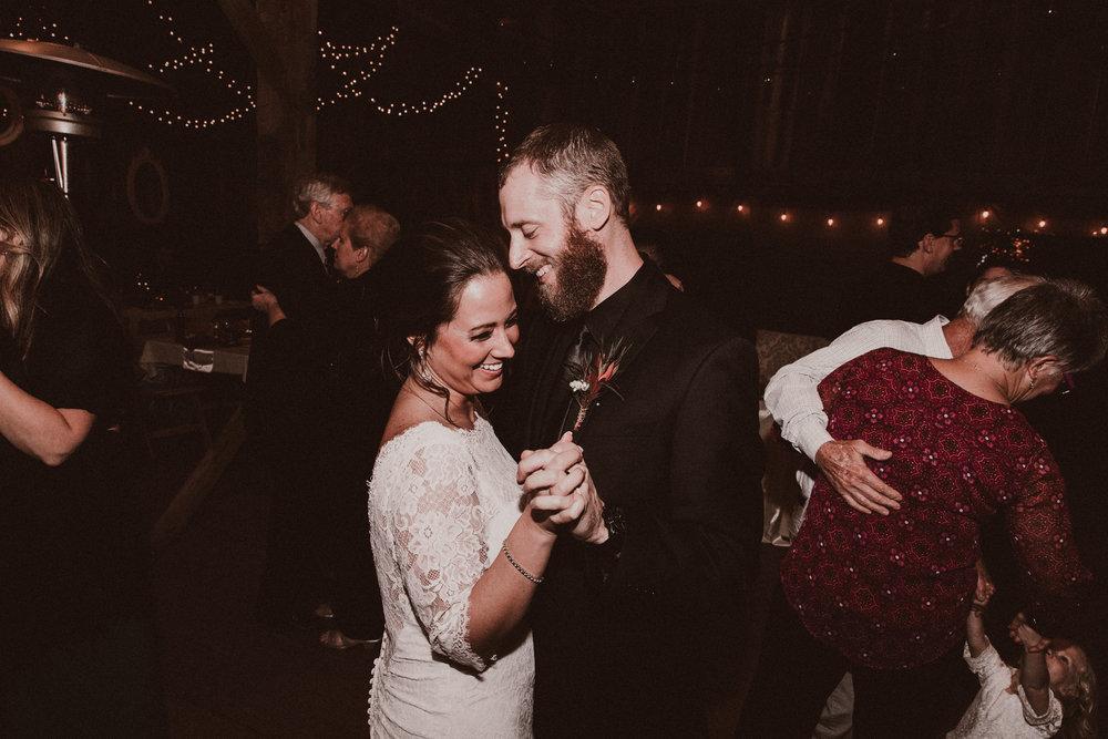 BUTLER, PA WEDDING PHOTOGRAPHER - 5W7A7571.jpg