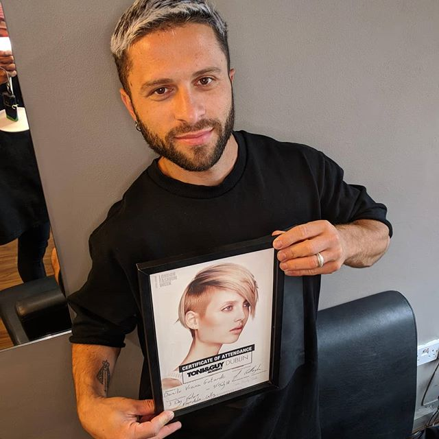 A big congratulations to our 🌟 Danilo for completing 3 days of  future foundations cutting with the amazing @toniandguyireland team. A whole new world is in his hands and scissors and he cannot wait to show you all his new skills. Parabéns Danilo! 😍❤️💎🔥 . . . #hairbydanilogotardo #thestudiofamily #thestudioeducation #cuttingeducation #futurefundations #toniandguyireland