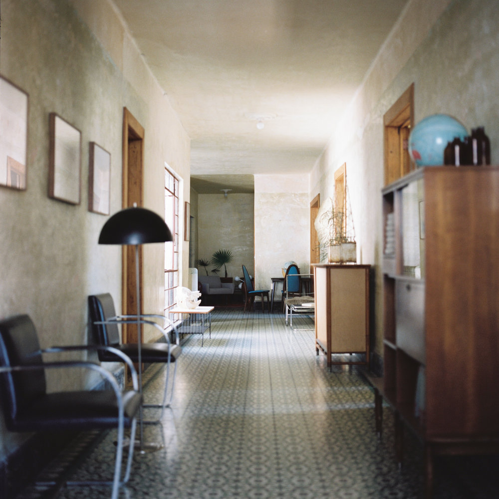 Mexico-City-Decada-Vintage-Furniture-Hallway.jpg