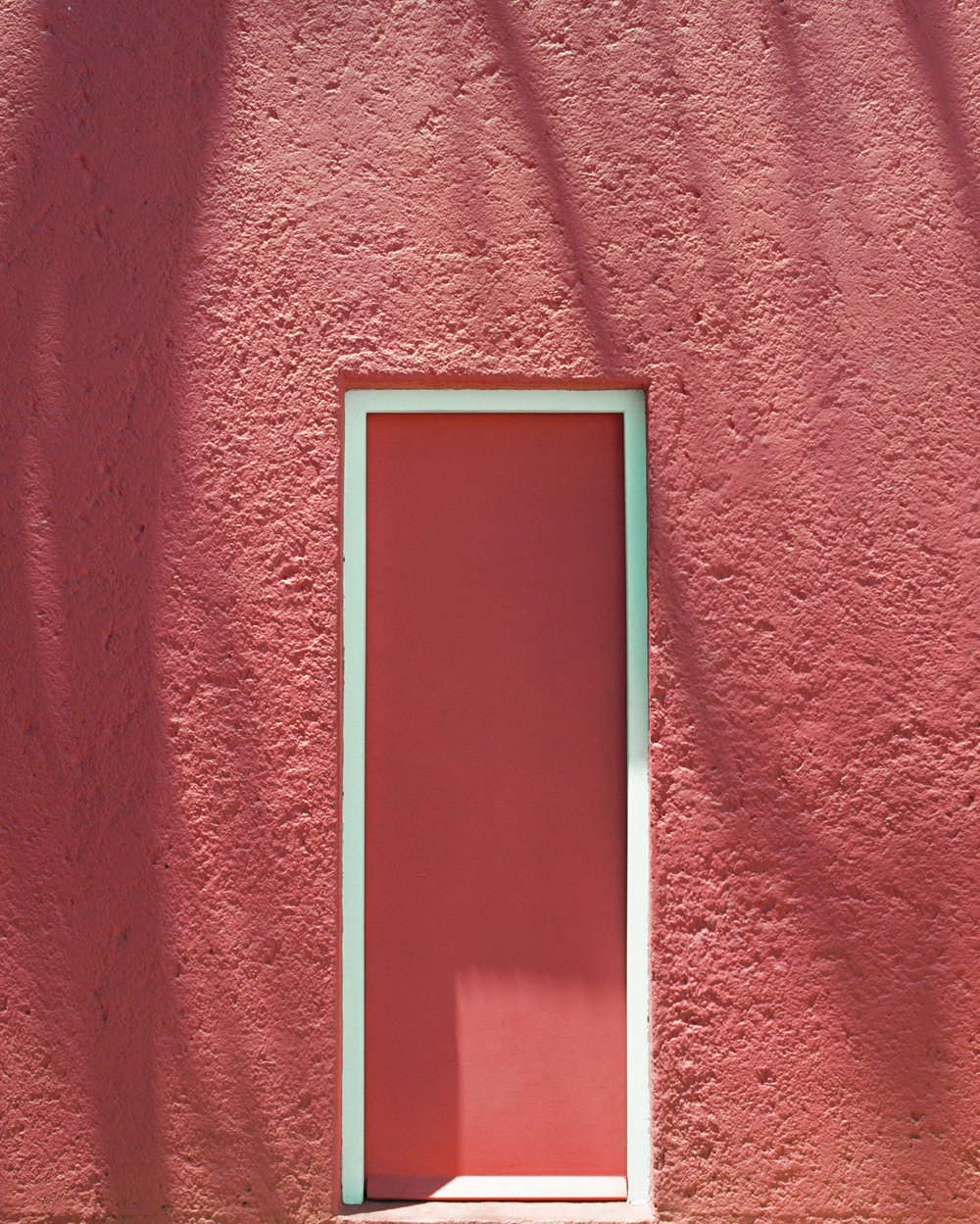 Barragan Casa Gilardi Pink wall and door