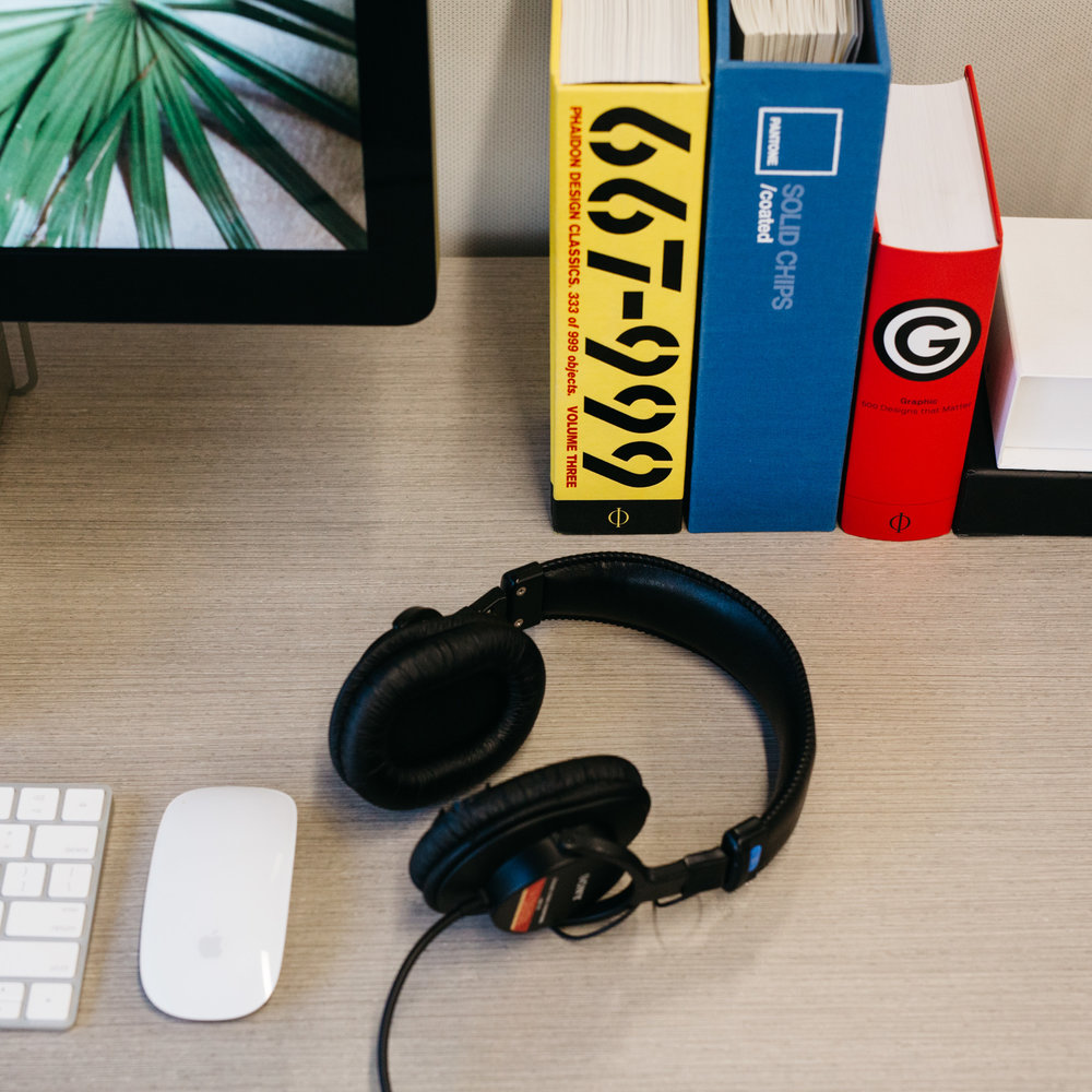 BL3NDlabs Desk