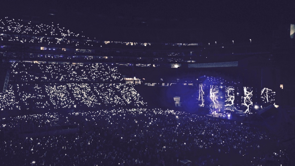 I saw Ed Sheehan at Gillette Stadium in September. When he first came to America I was front row at his concert at the House Of Blues in Boston. It was absolutely incredible to see him play here with this many people. This picture was taken during Thinking Out Loud, one of my favorite songs.