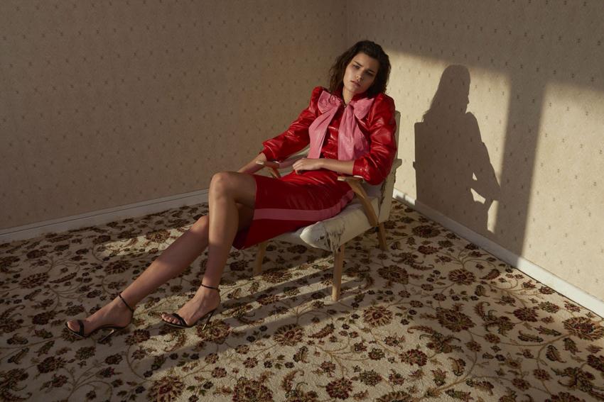 Astrid Holler Model