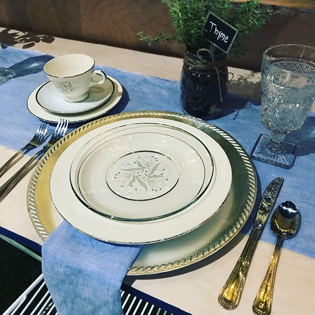 This beautiful Garden Party was created for the annual  @focusonhomeorg event - Design Appetit. Using a combination of heirloom dishes, clear glass and silver guests enjoyed a fabulous dinner prepared by Chef Paske @cafe7venue7.