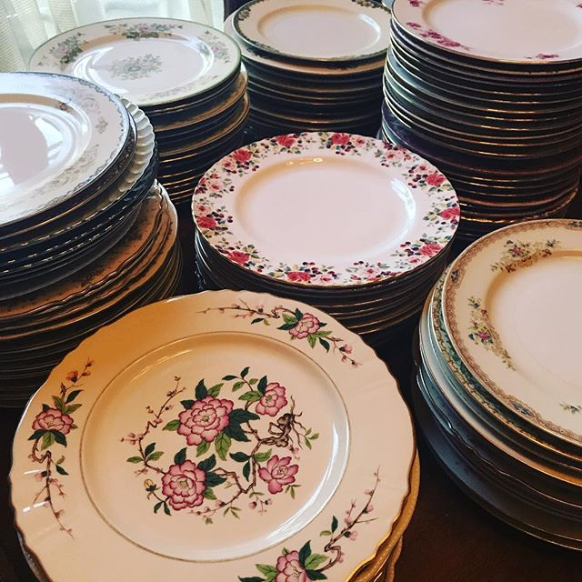 The long and daunting process of #inventory. It's fun to find lost patterns even in our own collection. We have over 500 - FIVE HUNDRED #dinnerplates! Let us participate in your next event - #rentvintage #borrowdontbuy