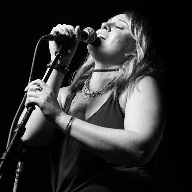 Jaime! #singingfromthesoul #shuresm58 photo courtesy of @garrettm425