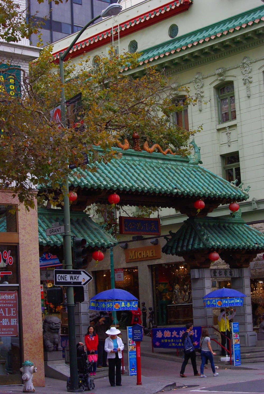 5.	Dine in the oldest Chinatown