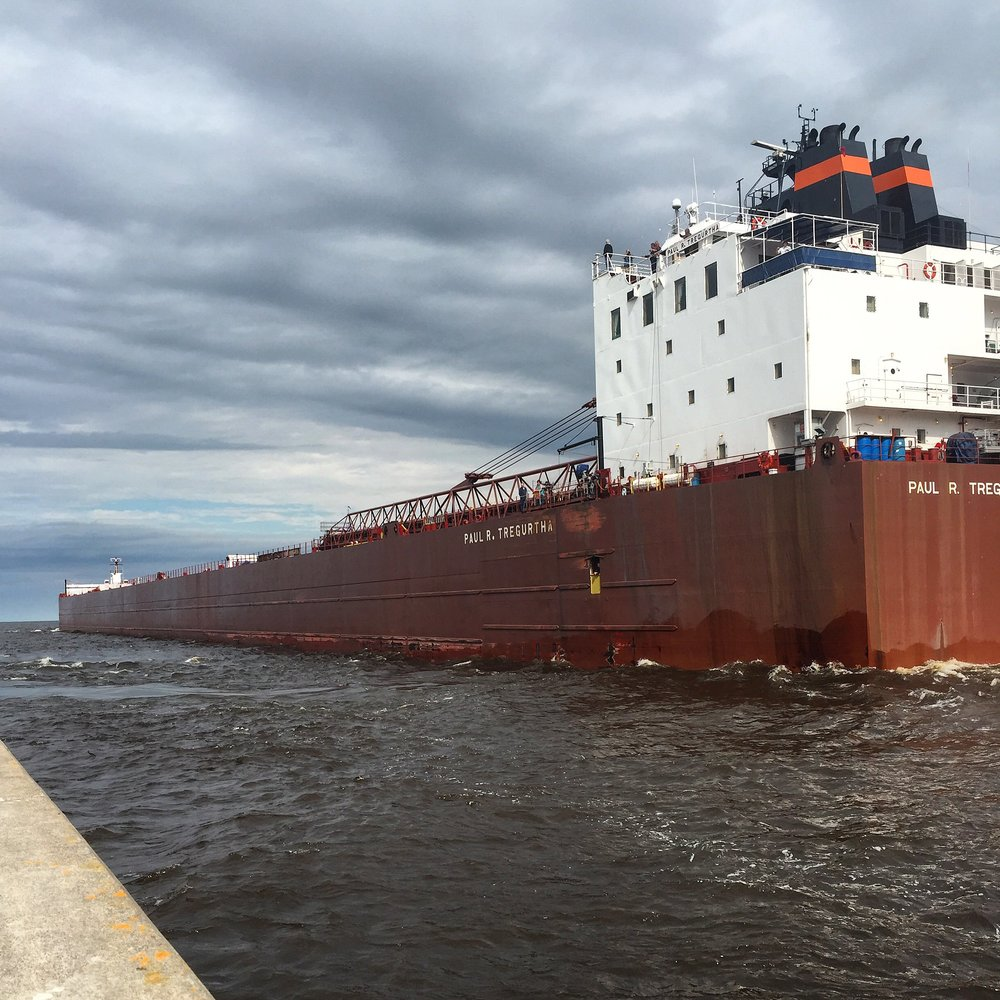 interlake-cargo-ship-duluth-4.jpg