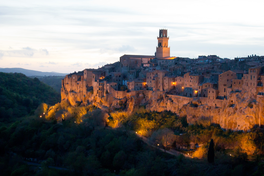 Enjoy breathtaking views and immerse yourself in Tuscan culture.