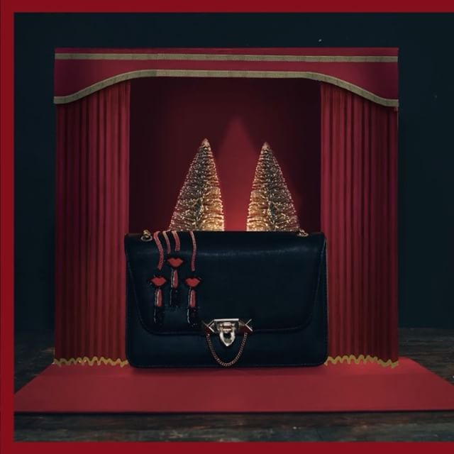 @cincstudios X @maisonvalentino for the Valentino Holiday 2017 Gift Guide #cincstudios #valentino