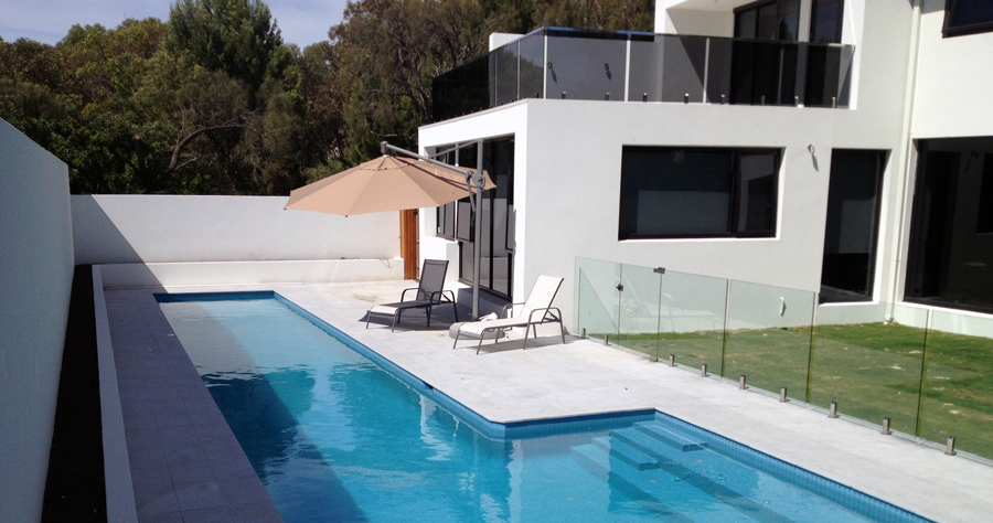 INTEGRATED SWIMMING POOLS