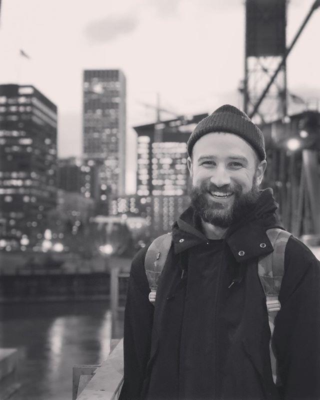 🧔🏻 #porltand #portlandor #hawthornebridge #musician #music #songwiter #downtown #river