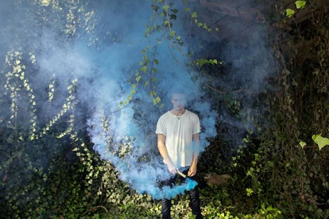 🔵Blue blue blue 🔵 w/ @adrianbaita  #blue #colorful #coloredsmoke #nature