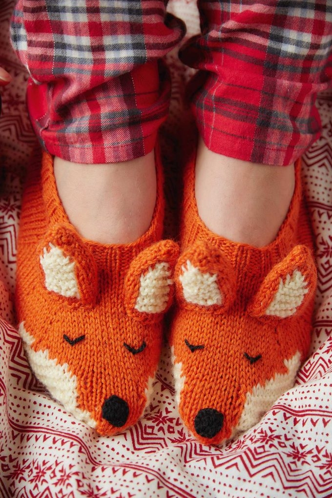 Fox-slippers-knitting-pattern-683x1024.jpg