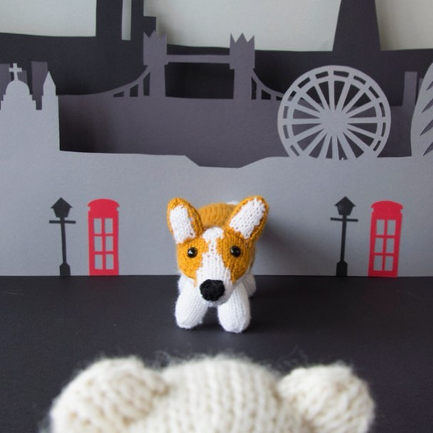 Quick trip to big London town ❤️ . . . . #sincerelylouise #londonlove #corgilife #amigurumi #citylandscape #dogsrule #makerspace #createeveryday #londoneye #weareknitters #loveknitting #scheepjes #brixton #crafting #etsyfinds #etsyseller