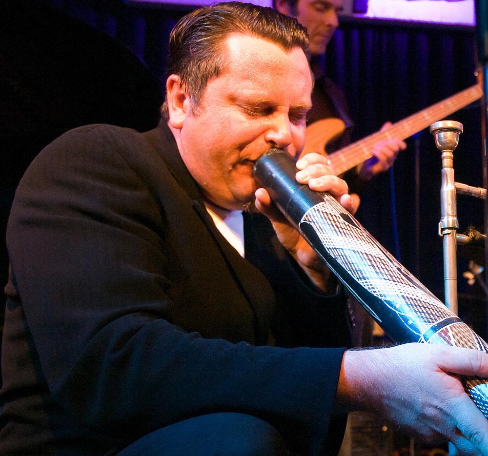 Adrian_Mears_Didgeridoo_Unterfahrt_2010-08-21-001_2.jpg