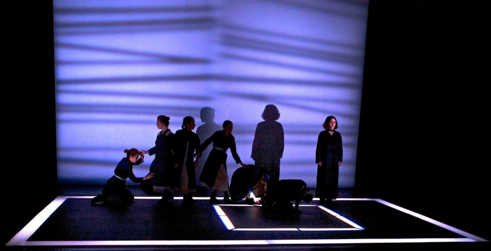 Bernarda Alba in Memoriam - Neos Kosmos Theater
