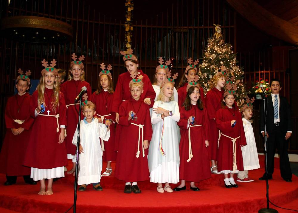 Children's-Choir.JPG
