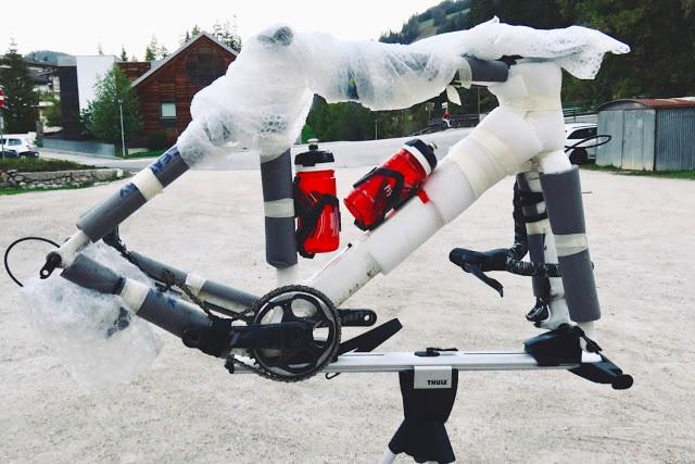 Review Thule Roundtrip Pro XT Bike Case Bag - 2.jpg