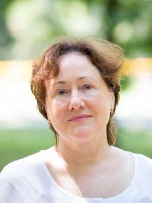 Marija Dainienė - MOKYTOJŲ TARYBOS PIRMININKĖBaigė Vilniaus valstybinio pedagoginio instituto bakalauro studijas (VVPI) ir įgijo lietuvių kalbos ir literatūros mokytojos specialybę.Dirbo Lietuvoje 5 -12 klasių vyr. mokytoja, mokė lietuvių kalbos kitataučius, dalyvavo etnografinėje veikloje.Dirbo mokytoja Kristijono Donelaičio lituanistinėje mokykloje, Merilendo valstijoje