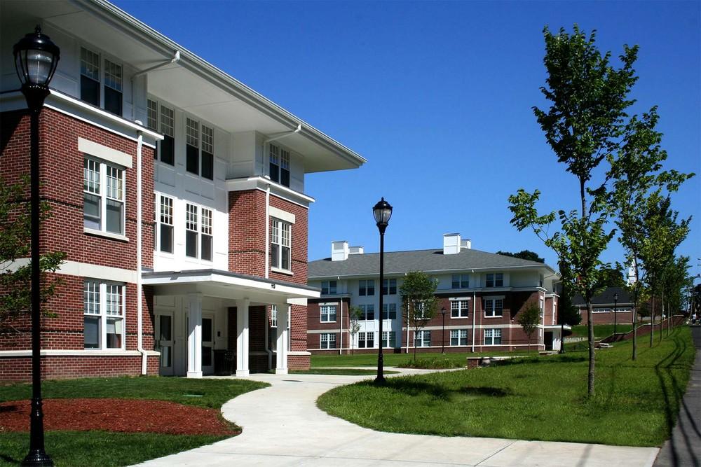 Nichols College Copper Beech Senior Suites