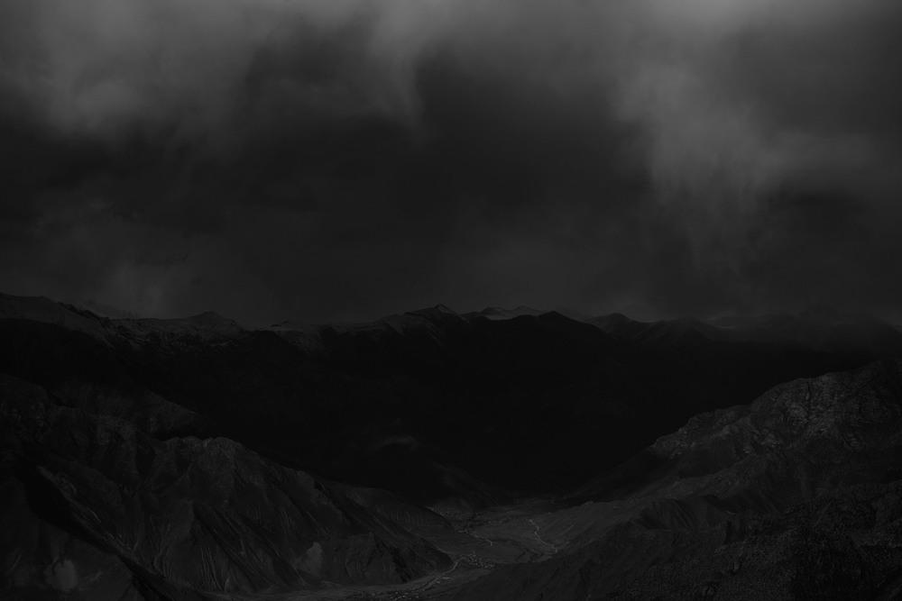 Darkness, Tibet