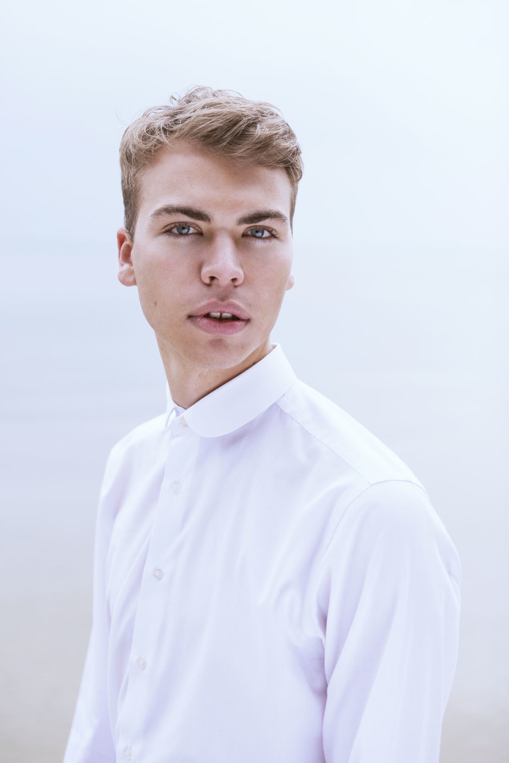 harry-uk-model-white-shirt.jpg