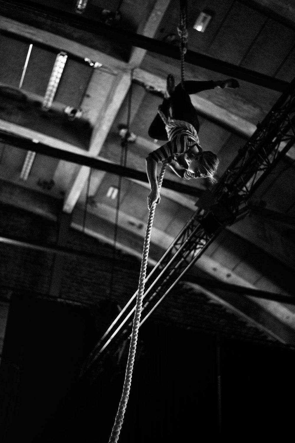 ilona-jantti-acrobat-helsinki-finland.jpg