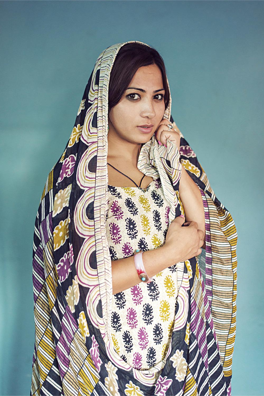 transgendered-woman-kathmandu-nepal.jpg