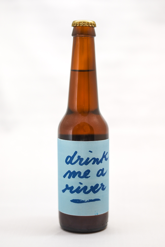 <p><b>Drink me a river</b><br>6,5%<br>Bière de blé<br>Sold out</p>