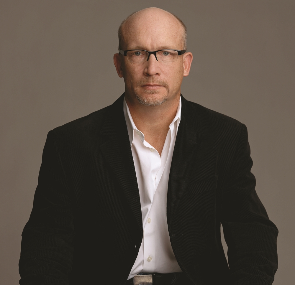 Alex Gibney Photo.300dpi.3mg.jpg