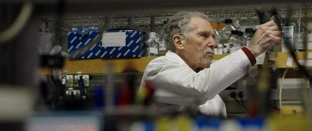 Resistance Fighters_Copyright BROADVIEW PICTURES_Still_05_Microbiologist Richard Novick.jpg