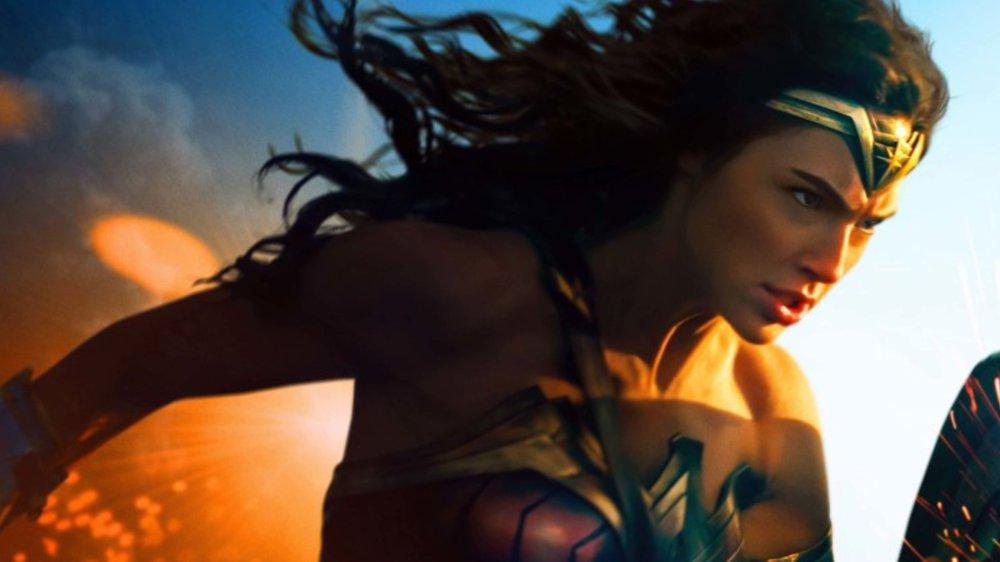 DC SUPERHEROS PRESENTATION-IMAGES_Page_36.jpg
