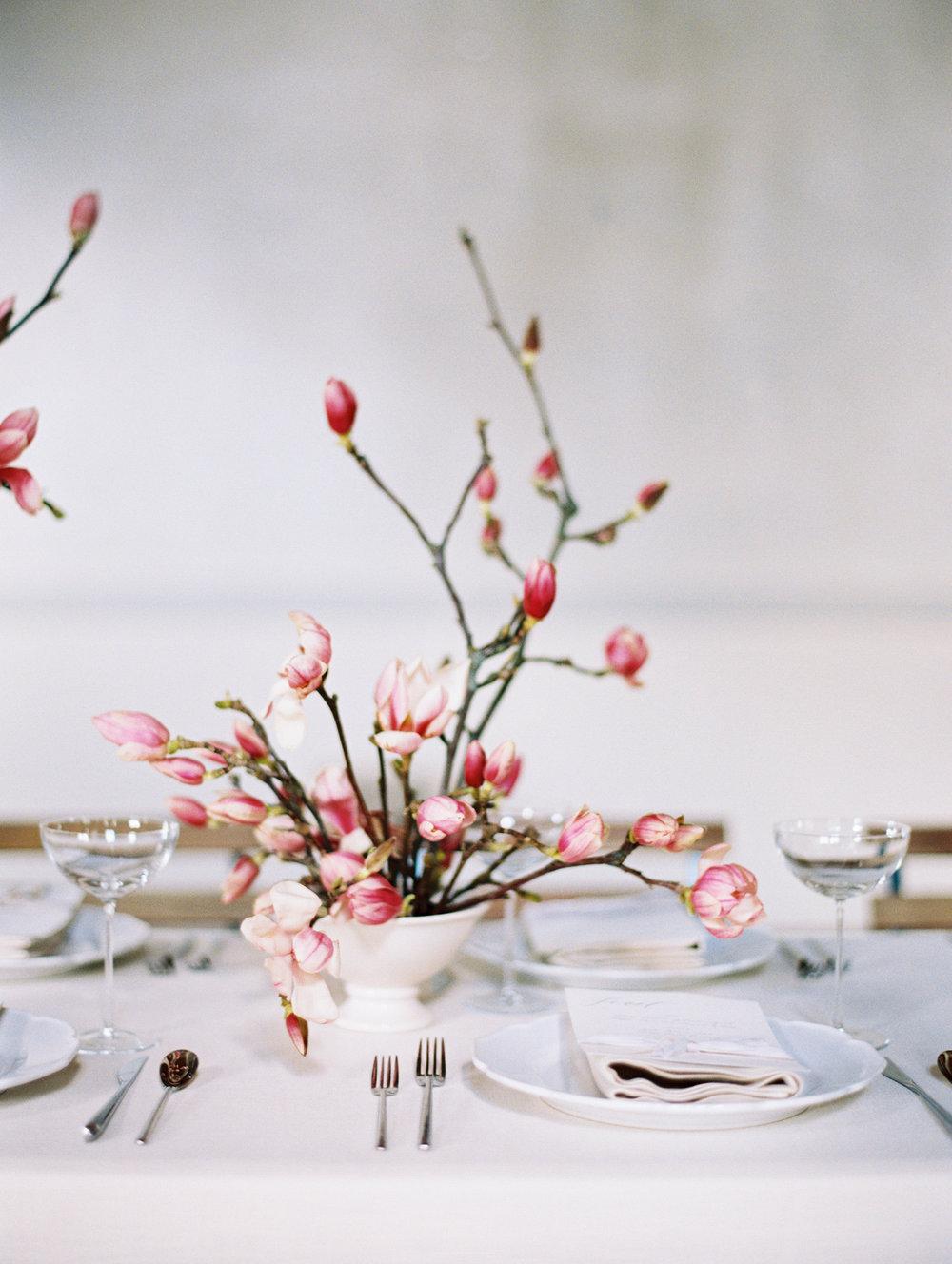Modern Spring Wedding Inspiration