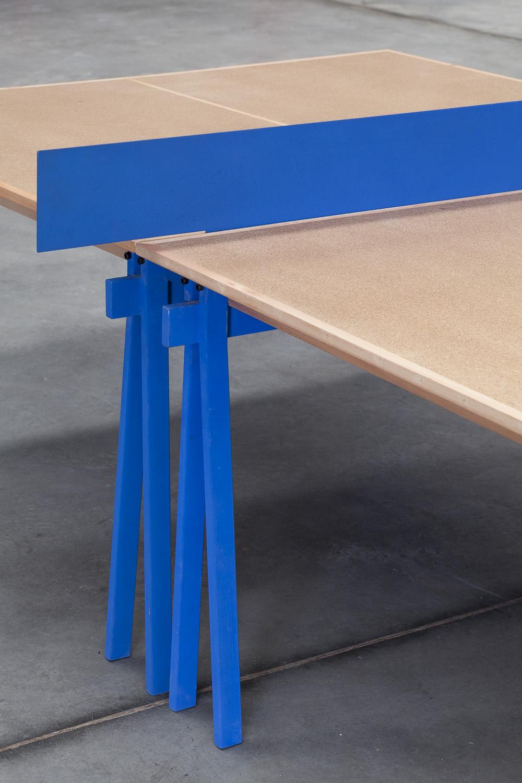 PNGPNG   Estructura metálica con vigas de madera maciza de guatambú.Sistema de ensamble con red metalica.  Dimensiones: - 2750 x 1525 x 760