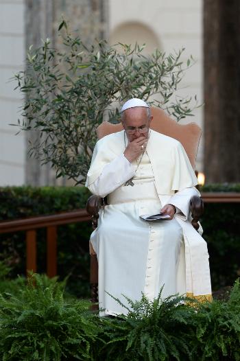 pope-francis-outside.jpg