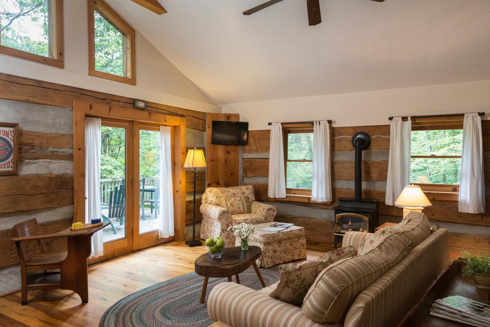 cedar-falls-rooms-cabin-treehouse-1.jpg