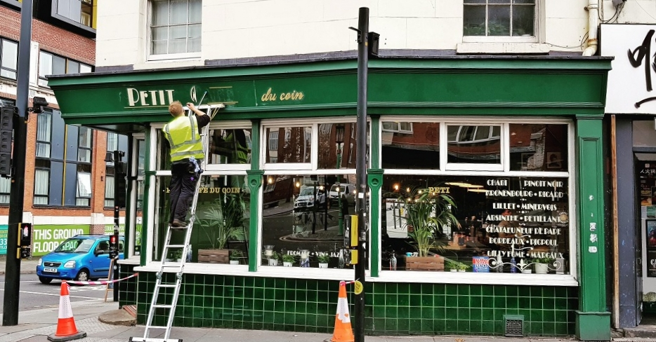 Signwriting on Berry St, Liverpool.