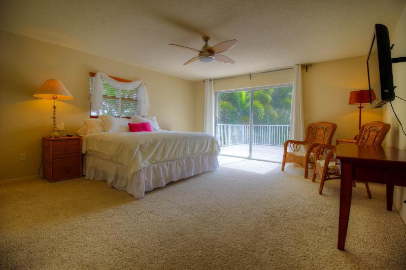 Dolphin Cove Villa 29.jpg