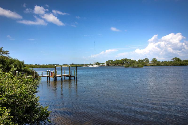 Dolphin Cove Villa 32.jpg