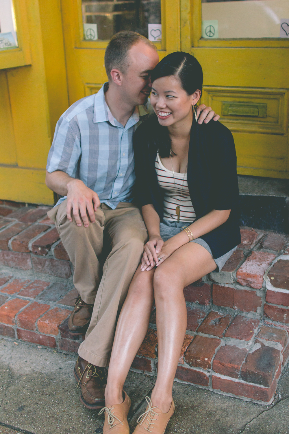 Cute-Downtown-Maryland-Engagement.jpg