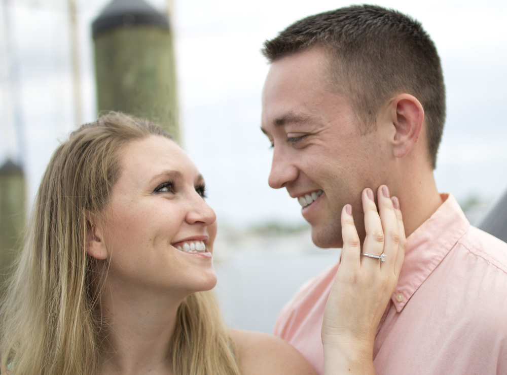 Cute-Annapolis-Engagement-Pier.jpg