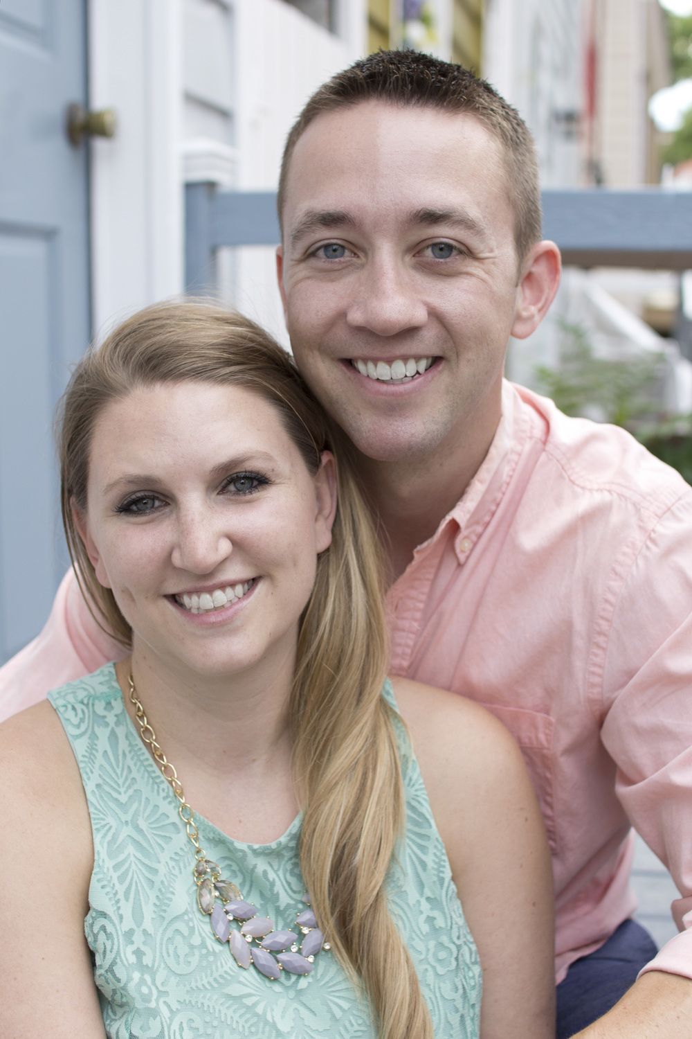 Cute-Annapolis-Engagement-city.jpg