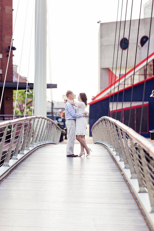 Inner harbor Bridge Aquarium