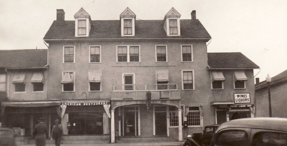 The Geneseo Hotel c. 1940 Courtesy of Livingston County Historian