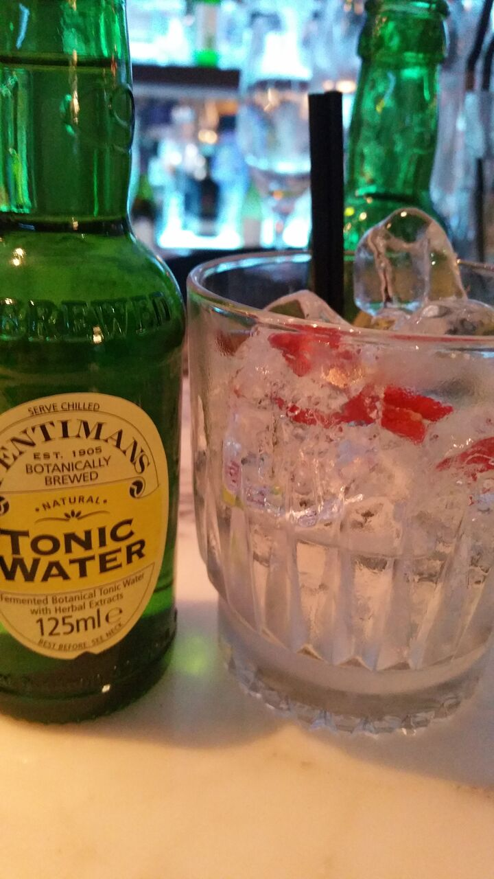 gin and tonic alstons