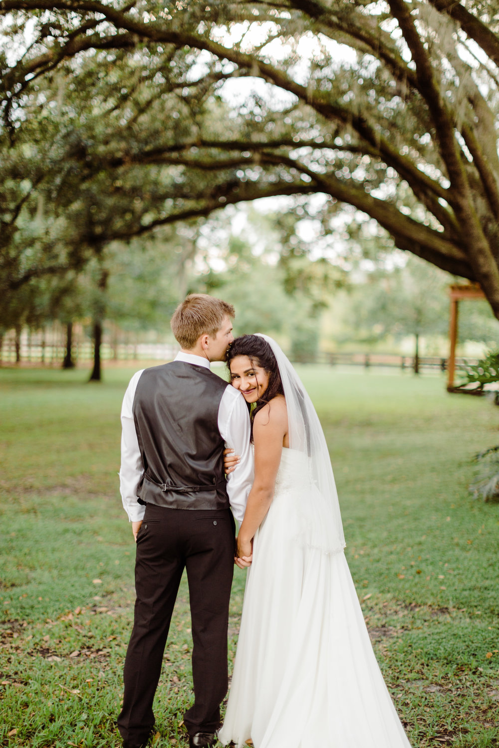 2017.10.08 Zach and Ashley Courson Wedding Club Lake Plantation (550 of 1079).jpg